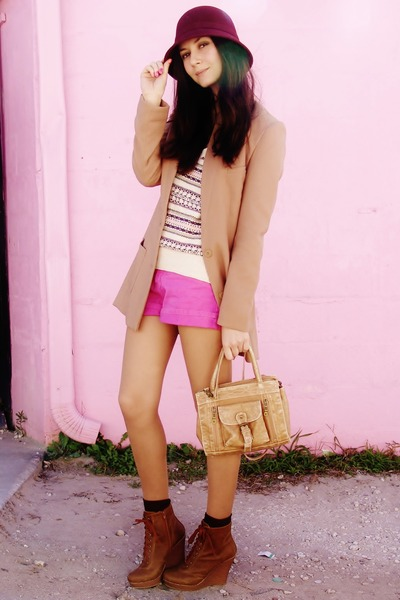 bubble gum shorts - burnt orange boots - maroon hat - neutral sweater - tan bag