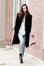 Black-oversized-coat