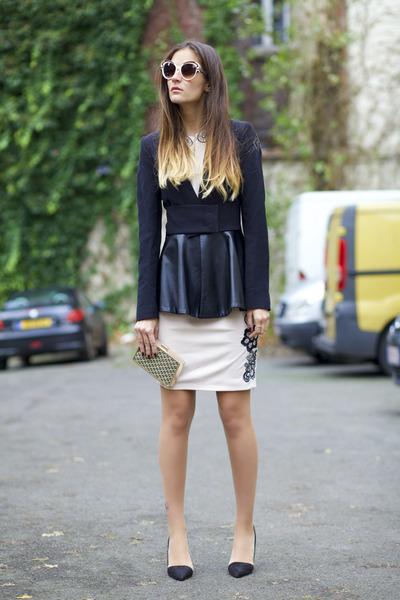 Ecugo dress