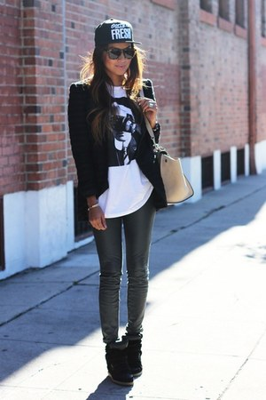 the becky Rebecca Minkoff blazer - jeans - trapeze Celine bag - graphic t-shirt