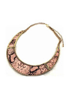 pink statement i Candy necklace