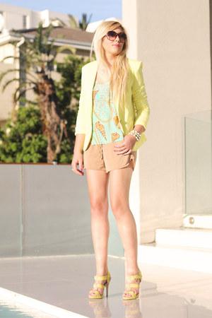 tan Zara shorts