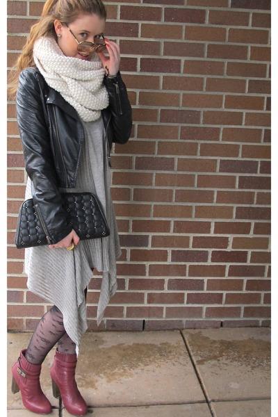 Maroon Bcbgmaxazria Boots Black HM Jackets Heather Gray Max Mara Sweaters