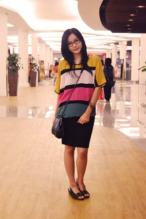 mustard stripes Indonesia blouse - black leather bag Payless purse