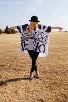 white top - black leggings - camel shoes - black hat - gold vivienne westwood br