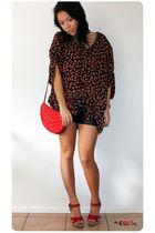 red vintage shirt - red vintage - red Sportsgirl shoes - black Valley Girl short