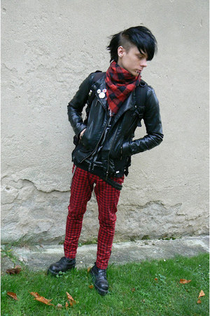 black Invader boots - black Roni sweater - ruby red H&M scarf