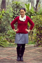black boots - periwinkle modcloth dress - crimson vintage sweater