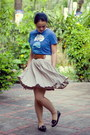 Blue-graphic-t-shirt-tan-thrifted-skirt-maroon-loafers