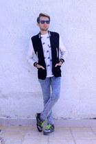 Topman jeans - Zara blazer - Urban Outfitters shirt - ray-ban sunglasses