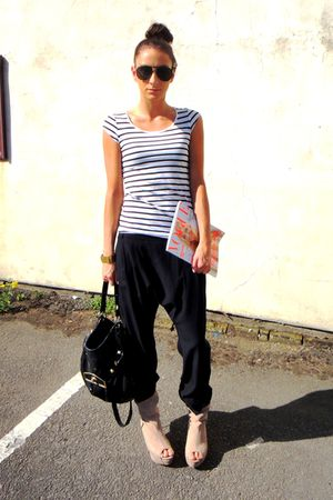 black Topshop pants - white H&amp;M t-shirt - beige Zara boots - black Topshop acces