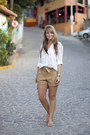 Mango-bag-miss-selfridge-shorts-zara-blouse-havaianas-sandals
