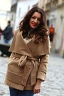Romwecom-coat-sheinsidecom-sweater-persunmall-necklace