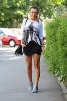 Zara shorts - Zara top - Zara sneakers