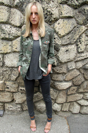 gray COS t-shirt - gray Mango jeans - army green Zara shirt