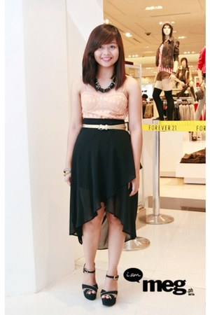 black Forever 21 necklace - black Forever 21 skirt - peach Forever 21 top