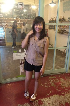 tan Forever 21 blouse - white shoes - black Forever 21 shorts