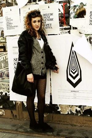 H&M bag - brandy&melville shorts - Stradivarius cardigan