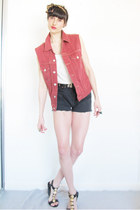Levis vest - Levis shorts - Peep Toe wedges - leather belt