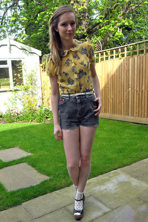 Miss Selfridge socks - thrifted shorts - yellow H by Henry Holland blouse