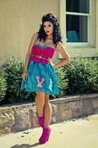 hot pink Senso heels - turquoise blue silk handmade dress - brown H&M belt