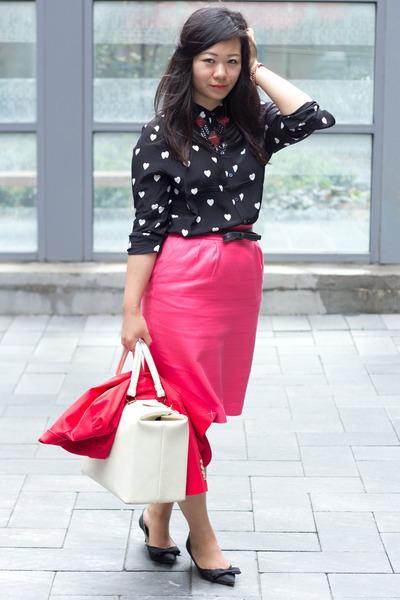 black heart print Joe Fresh blouse - hot pink pencil skirt banana republic skirt