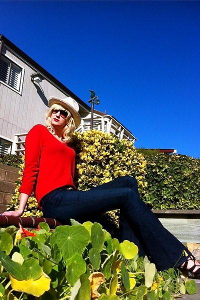 red cashmere Only Mine sweater - navy alloy jeans - eggshell Ross hat
