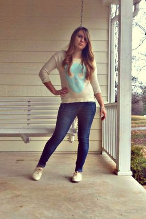 cream with blue skull Marshalls sweater - blue Marshalls jeans
