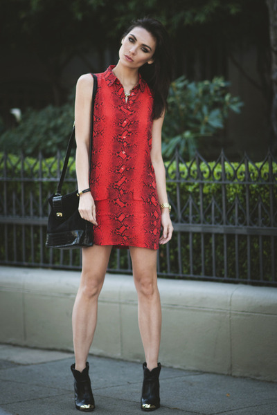 snake print Equipment dress - kitt booties Dolce Vita boots