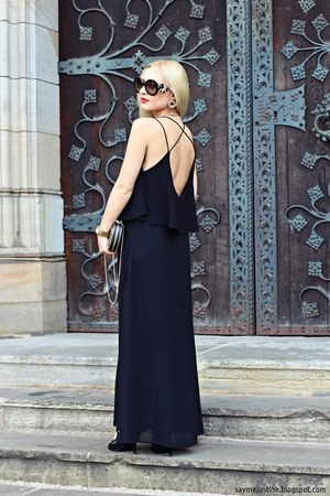 black dress - black bag - black sunglasses - black sandals - gold watch
