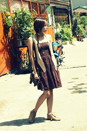 brown random dress - beige Tomato vest - beige babo shoes - brown SM purse