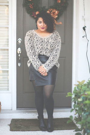 Ross sweater - H&M boots - cotton on skirt