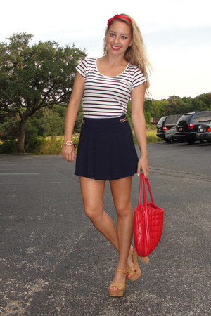 white striped H&M shirt - red Purificacion Garcia bag