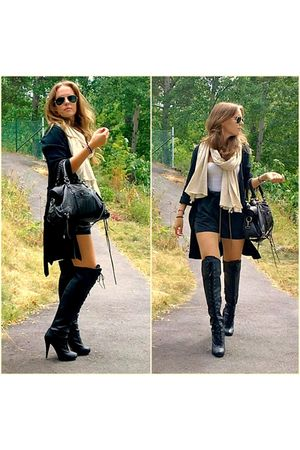 black Scorett boots - black GINA TRICOT shorts - brown Aldo bag - gray Anna Holt