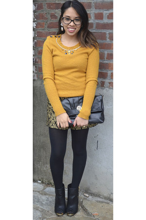 mustard J Crew sweater - black tory burch bag - gold Forever 21 shorts