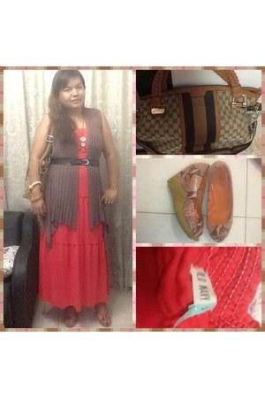 charcoal gray long vest Bazaar vest - hot pink tube maxi dress Old Navy dress