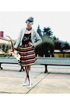 simple skirt - simple shoes - shalafi ornanza studio tights - shalafi ornanaza s