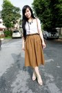 Brown-vintage-skirt-diva-accessories