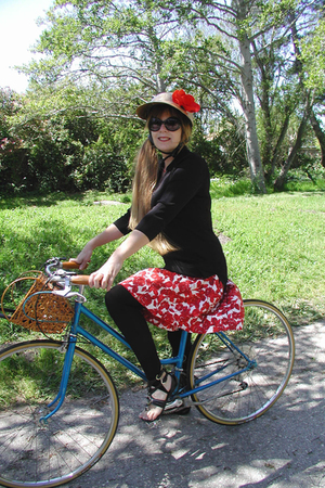 RidingPretty hat - Thrift Store skirt - H &M leggings - UO shoes - forever 21 gl