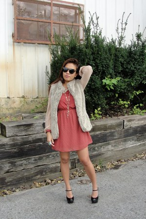 Forever 21 dress - Steve Madden shoes - versace sunglasses