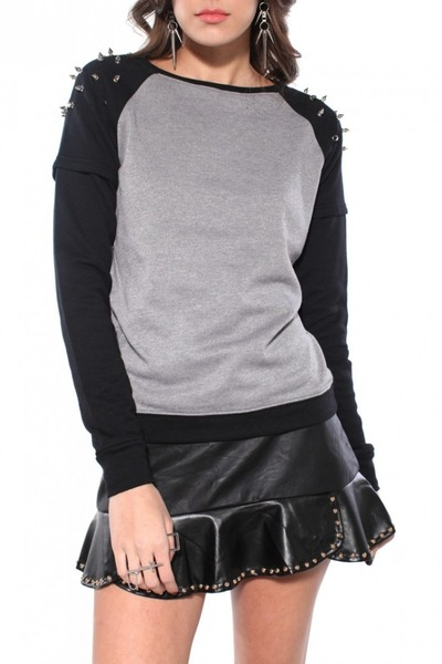 black Akira skirt - heather gray Sauce sweater