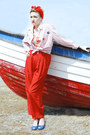 Candy-stripes-vintage-shirt-red-vintage-pants