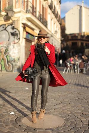 Zara coat - pull&bear pants