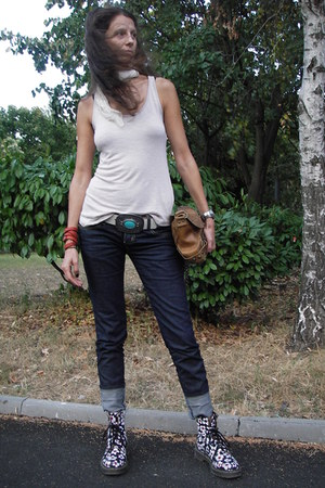 Dr Martens flowers boots - Pure Oxygen jeans - Silk scarf - H&M top