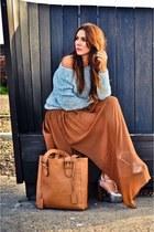 brown maxi skirt Mango skirt - light blue off shoulder River Island sweater