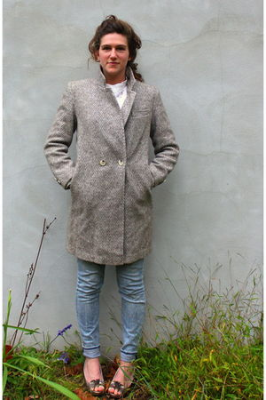 beige vintage coat - blue madewell jeans - gold Target shoes - white vintage blo