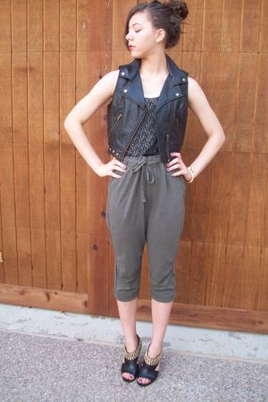 f21 vest - f21 top - H&M pants - TJMaxx shoes