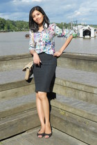 floral H&amp;M shirt - black pencil Zara skirt