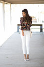 Navy-sammydress-blouse-white-zara-pants-white-mango-heels
