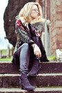 Black-akira-boots-black-from-thailand-blouse-black-all-saints-pants